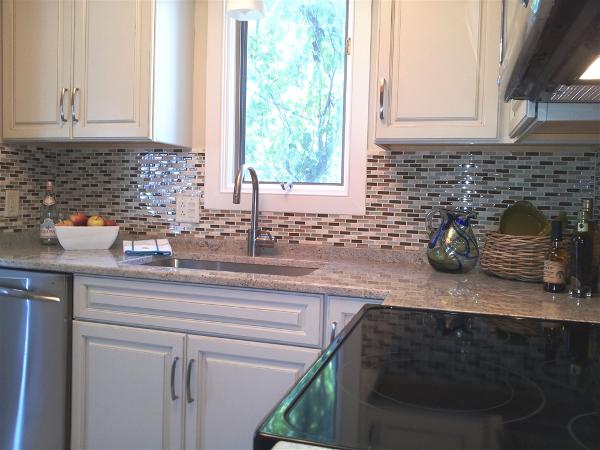 Full overlay, painted, raised panel cabinets.