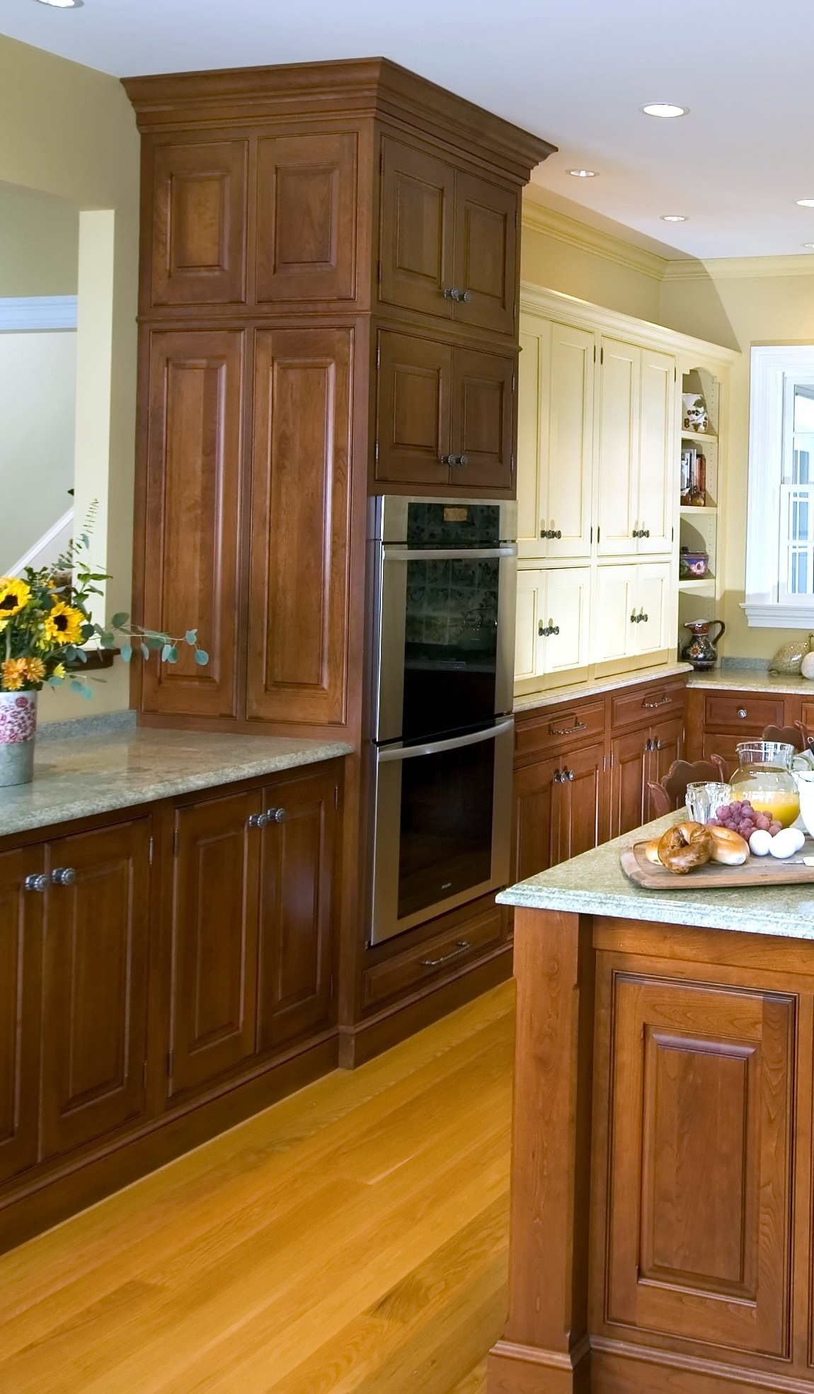 Traditional cabinetry crrok
