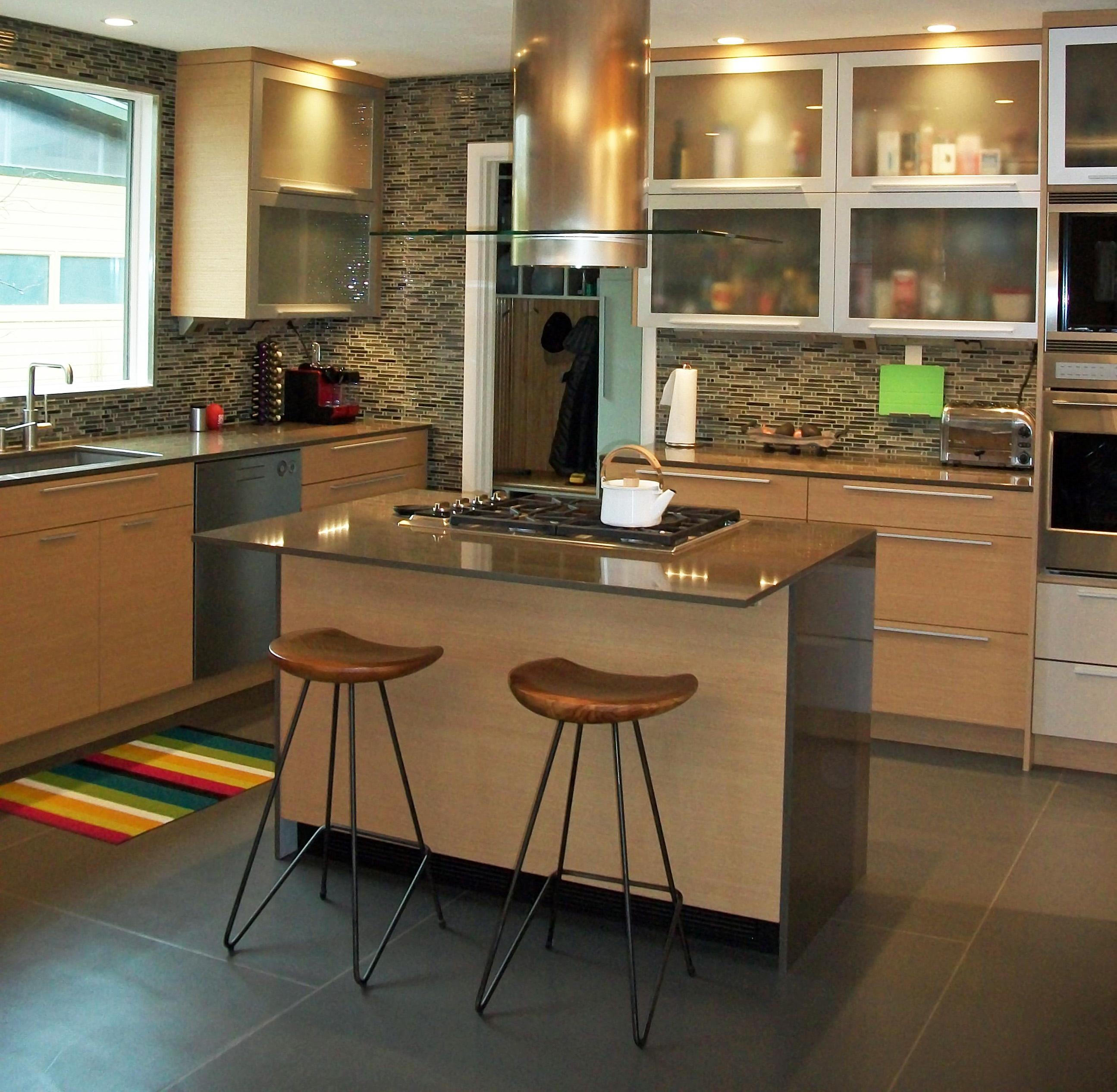 general woodcraft transitional kitchen design